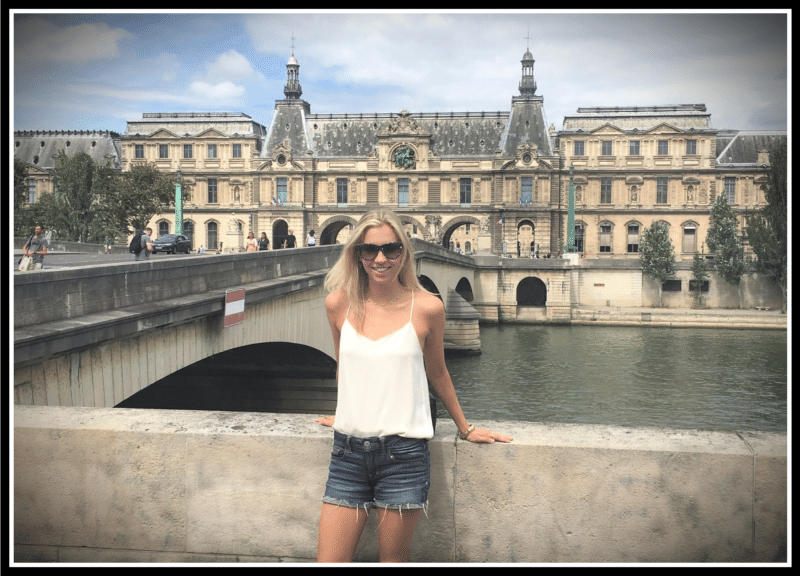 Minimalist Travel Paris