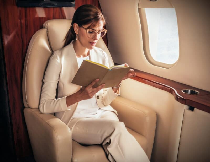 best books to read on a plane