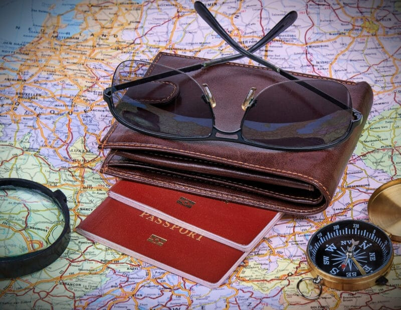 Best Gifts For Friends Going Abroad 2