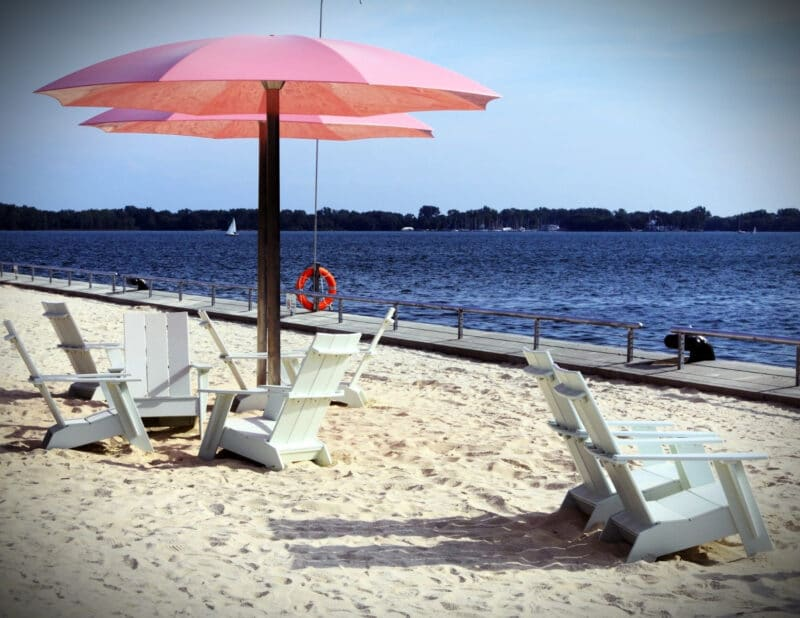 BEST BEACHES IN ONTARIO SUGAR BEACH TORONTO 2