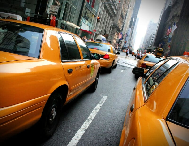 how to hail a cab cabs on 5th ave NYC 2