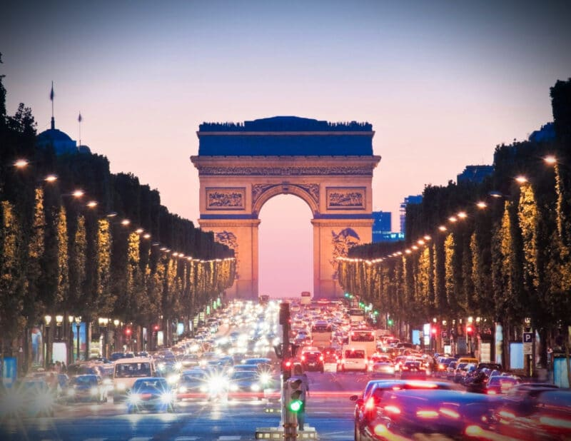 When is the Best Time to Go to Paris 2